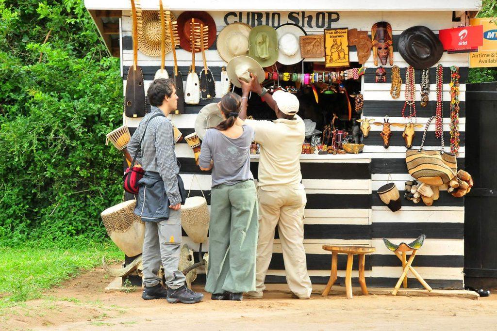Crafts Curios shopping in Uganda