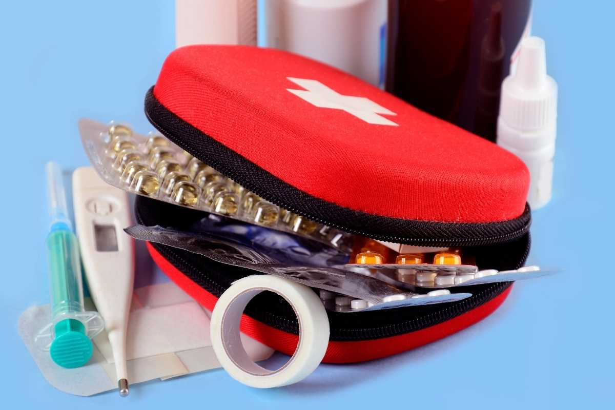 What you should have in your Personal first-aid kit. Travel advisory for travelling to Uganda